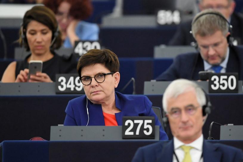 Beata Szydło w trakcie sesji plenarnej w PE /Radek Pietruszka/PAP /PAP