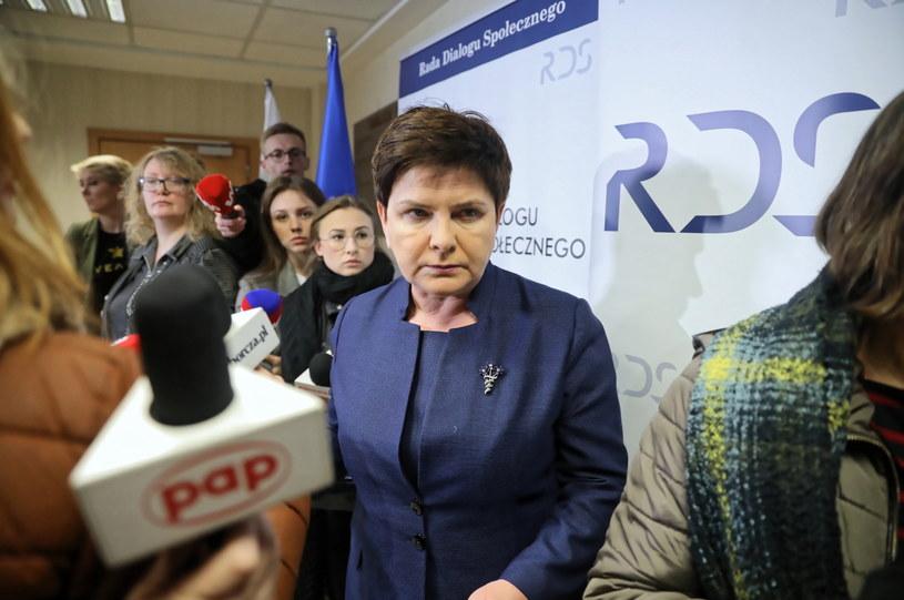 """Beata Szydło w warszawskim Centrum Partnerstwa Społecznego """"Dialog"""" / Tomasz Gzell    /PAP"""