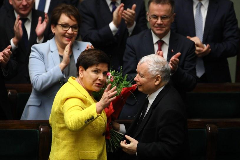 Beata Szydło z Jarosławem Kaczyńskim w czwartek w Sejmie /Stanisław Kowalczuk /East News
