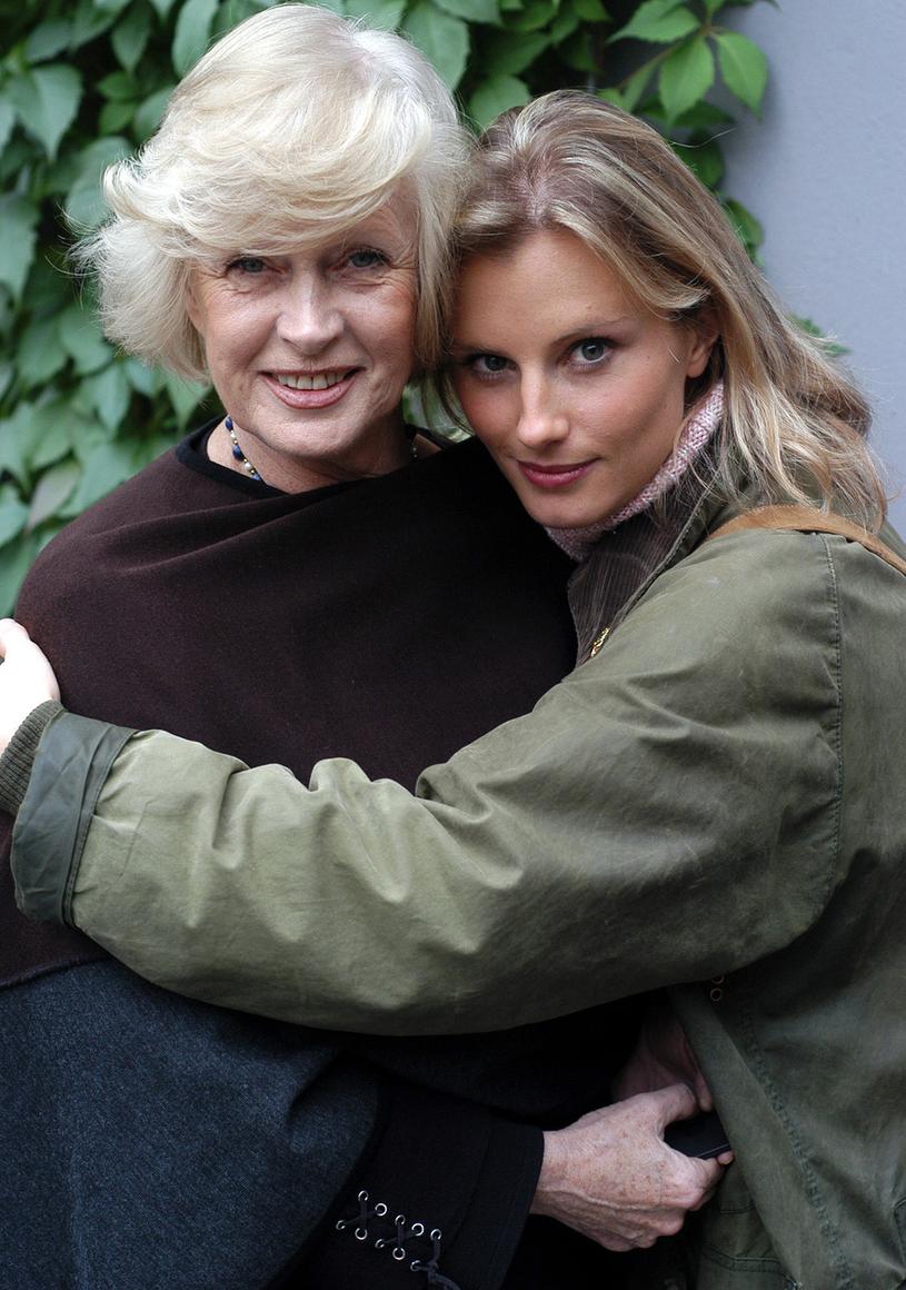 Beata Tyszkiewicz z córką Wiktorią /Warda /AKPA