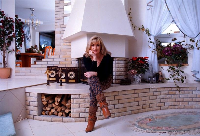 Beata w swoim salonie (2000 r.) /Mirek Noworyta / Agencja SE /East News
