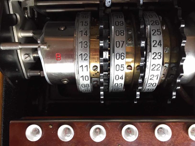 Bębny maszyny szyfrującej Enigma /INTERIA.PL/materiały prasowe