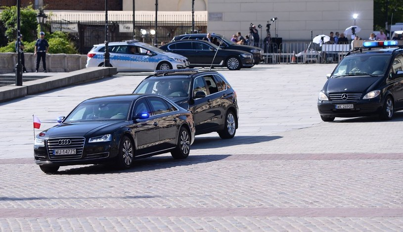 Będą nowe samochody dla VIP-ów. Koszt? Ponad dwa miliony złotych /Marcin Kmieciński /PAP