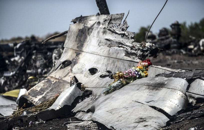 Będą ochraniać miejsce katastrofy /AFP