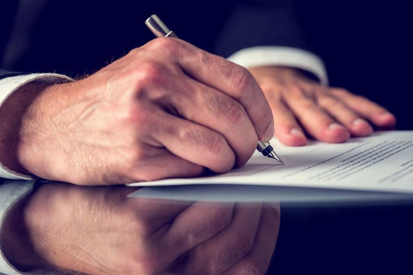 Będą zmiany w regulacjach dotyczących emerytur mundurowych /123RF/PICSEL