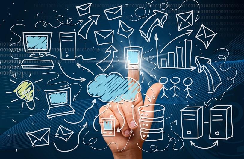 Będzie łatwiej korzystać z e-usług? /123RF/PICSEL