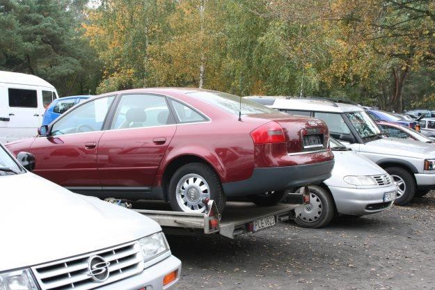 Będzie łatwiej kupować używane samochody /INTERIA.PL