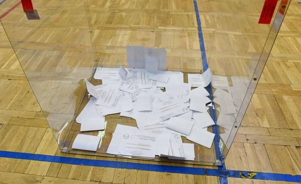 Będzie powtórka wyborów w Nowym Wiśniczu. Z urny wyciągnięto za dużo kart