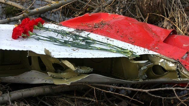 Będzie uzupełnienie opinii ws. próbek z wraku Tu-154M. /AFP
