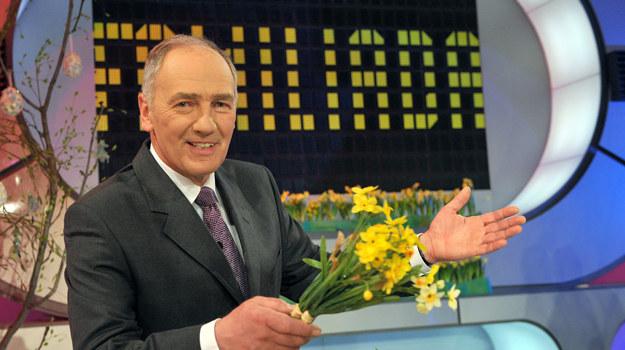 Będzie Wam brakować dowcipów Karola Strasburgera w trakcie wakacji? /fot  /TVP