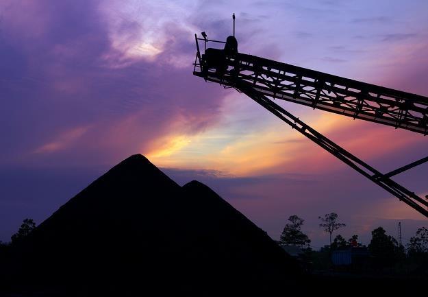 Będzie zmiana w ustawie o obrocie ziemią. Działki od kopalń zakupi każdy /©123RF/PICSEL
