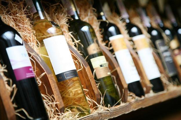 Będziemy pili więcej wina z dyskontów /© Panthermedia