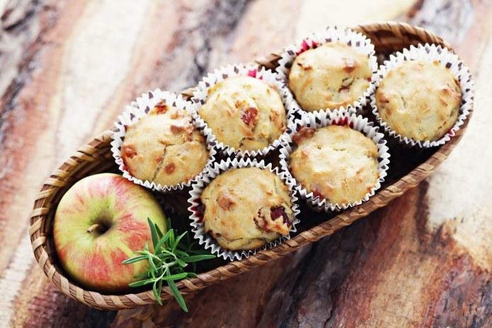 Bekonowe babaeczki to świetna alternatywa dla słodkich muffinek /123RF/PICSEL