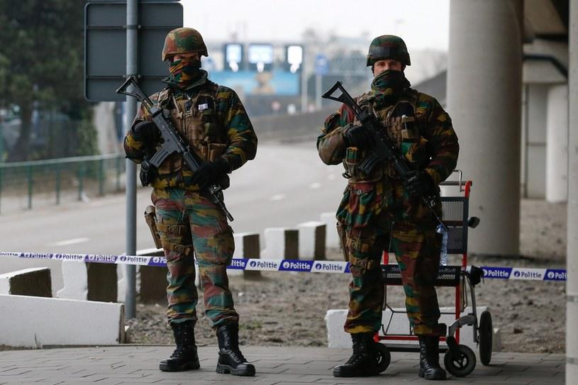 Belgijscy żołnierze na lotnisku Zaventem /PAP/EPA