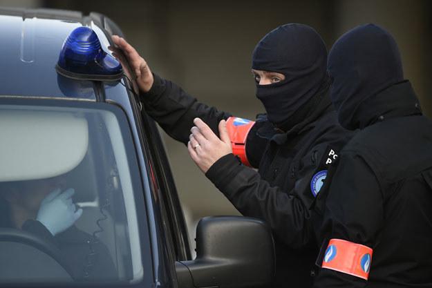 Belgijska policja przeprowadziła przeszukania mieszkań w dzielnicy Schaerbeek /AFP