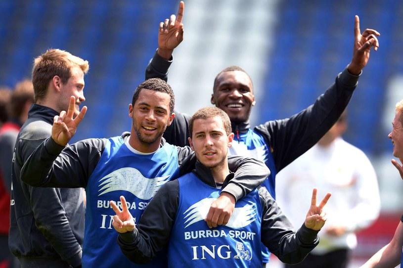 Belgowie mają powody do zadowolenia. Od lewej Moussa Dembele, Eden Hazard i Christian Benteke /AFP