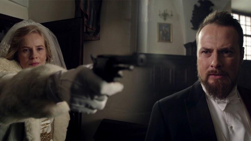 """""""Belle epoque"""": Kadr z ostatniego odcinka serialu /TVN"""