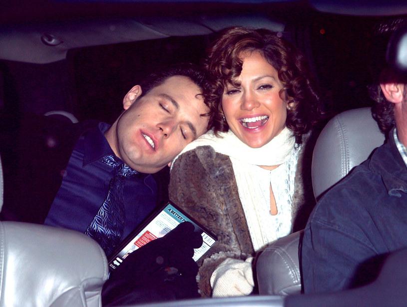 Ben Affleck i Jennifer Lopez w 2002 roku /James Devaney/WireImage /Getty Images