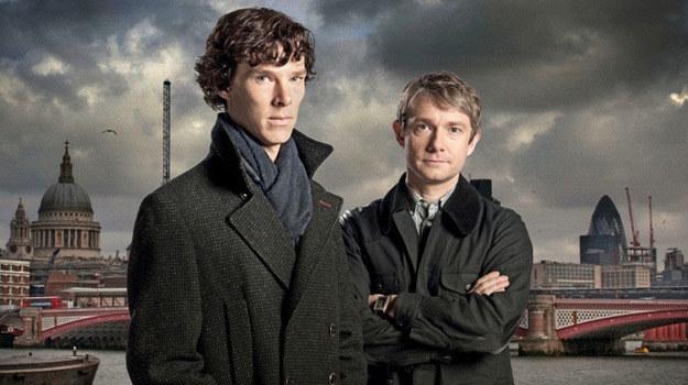 "Benedict Cumberbatch i Martin Freeman, jako Holmes i Watson, w serialu BBC ""Sherlock"" /BBC"