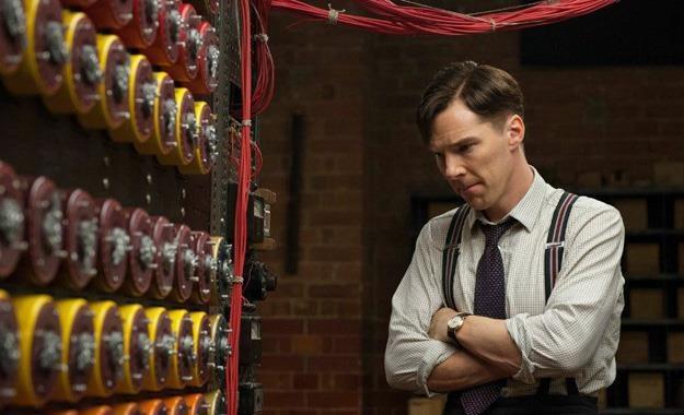 """Benedict Cumberbatch w filmie """"Gra tajemnic"""" /materiały prasowe"""