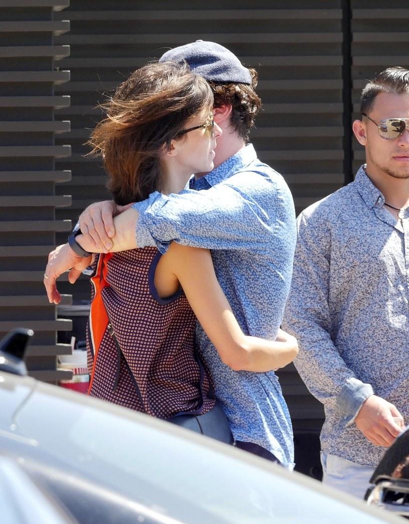 Benedict Cumberbath z żoną /GoldStar Media / Splash News/EAST NEWS /East News