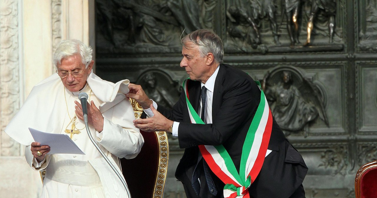 Benedykt XVI kontra... wiatr. Najpiękniejsze utarczki