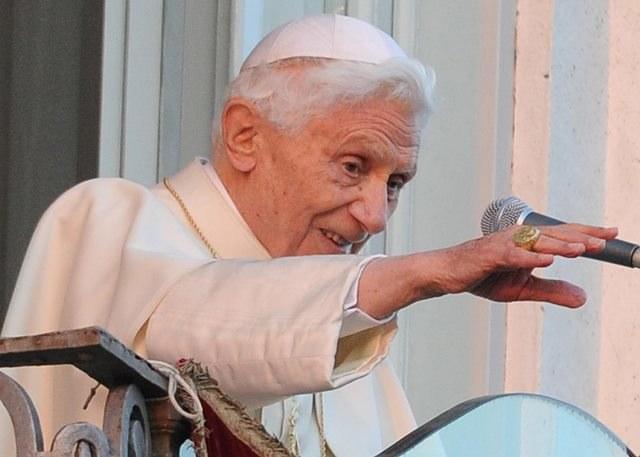 Benedykt XVI /ETTORE FERRARI /PAP/EPA