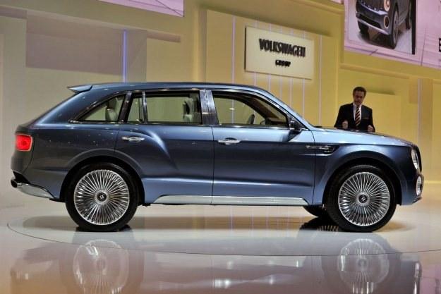 Bentley EXP 9F /