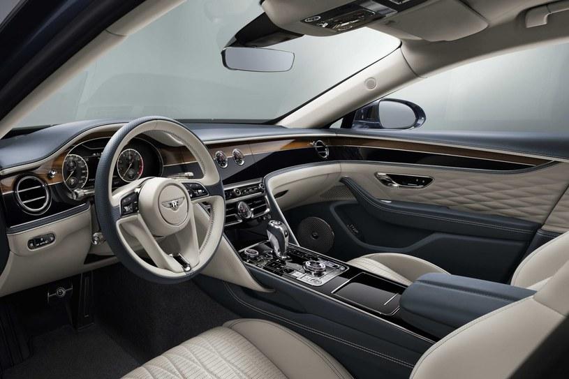 Bentley Flying Spur /
