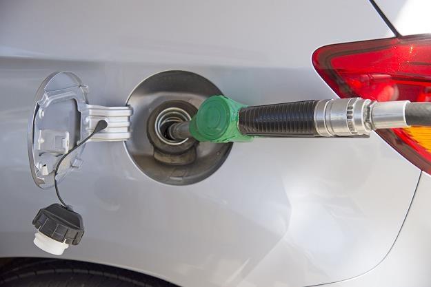Benzyna i olej napędowy mogą potanieć /©123RF/PICSEL