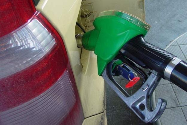 Benzyna też drożeje, ale mniej niż diesel /INTERIA.PL