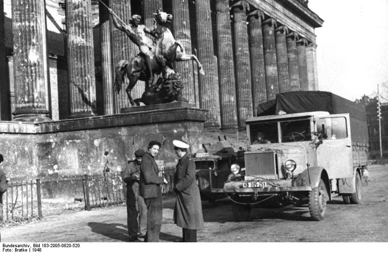 Berlin w 1948 r./Bundesarchiv/Wikimedia Commons /