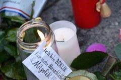 Berlińczycy oddają hołd ofiarom zamachu
