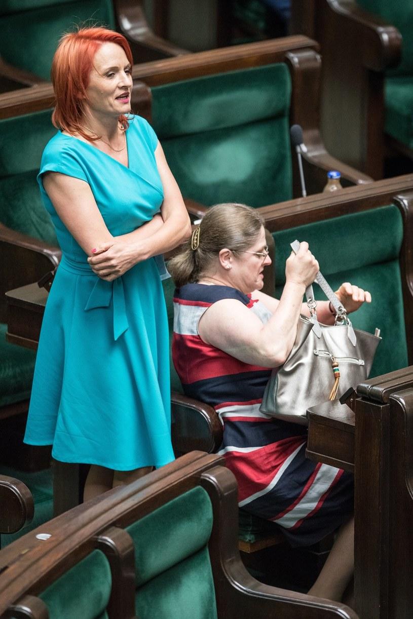 Bernadeta Krynicka w niebieskiej sukience /Andrzej Iwańczuk /East News