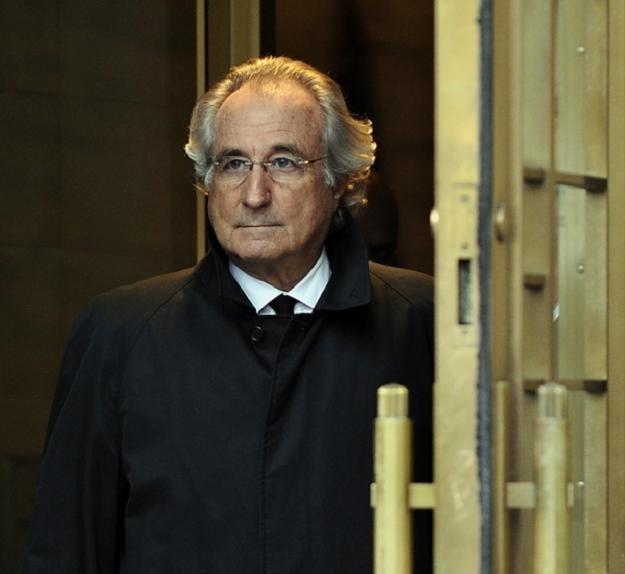Bernard Madoff skazany na grubo ponad 100 lat więzienia de facto jest zamknięty dożywotnio /AFP