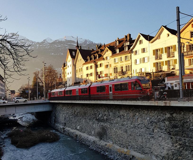 Bernina przejeżdża między innymi przez centrum Chur /Agnieszka Łopatowska