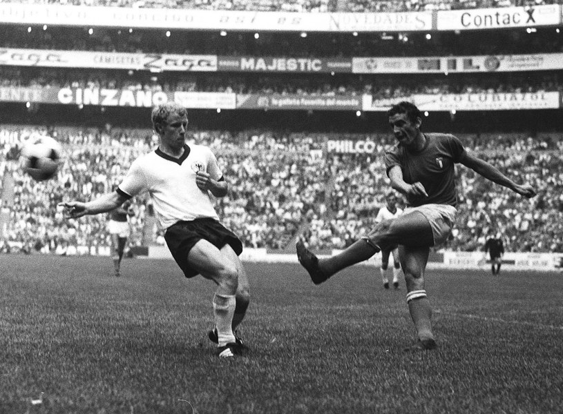 Berti Vogts i Luigi Riva na mundialu w 1970 roku /Newspix