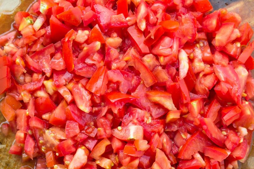 Beta-karotenu szukaj w pomidorach, marchewce lub pomarańczach /123RF/PICSEL