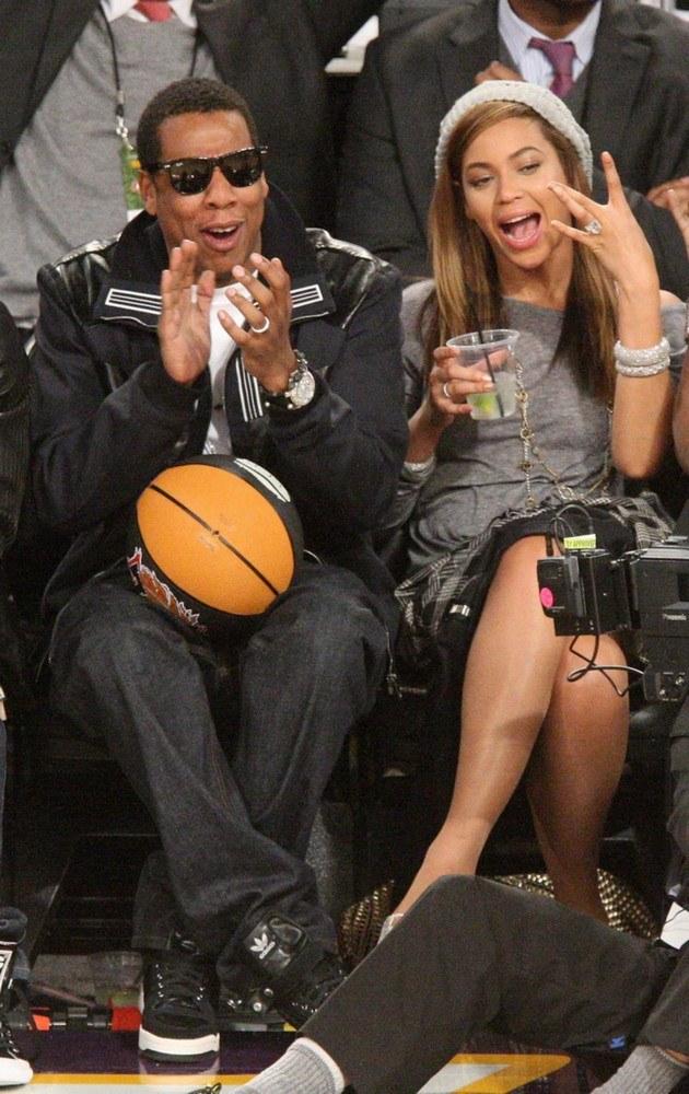 Beyonce i Jay-Z na meczu. /Jason Merrit /Getty Images