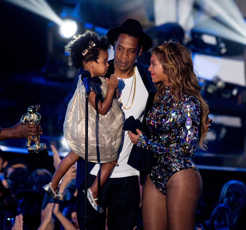Beyonce i Jay Z z córeczką /Mark Davis /Getty Images