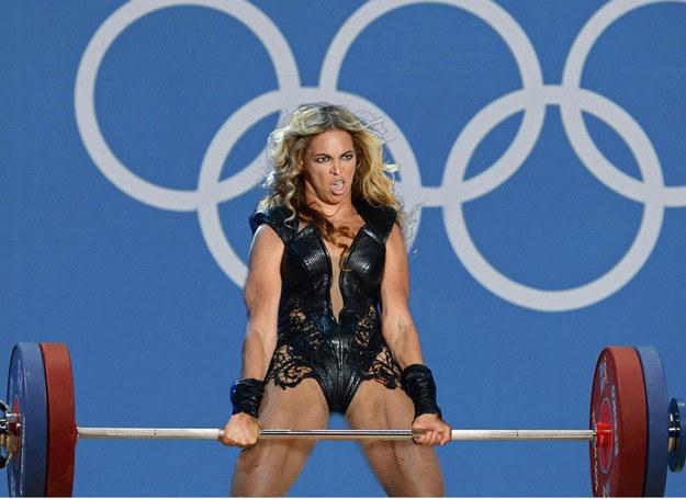 Beyonce jako zawodniczka podnosząca ciężary /