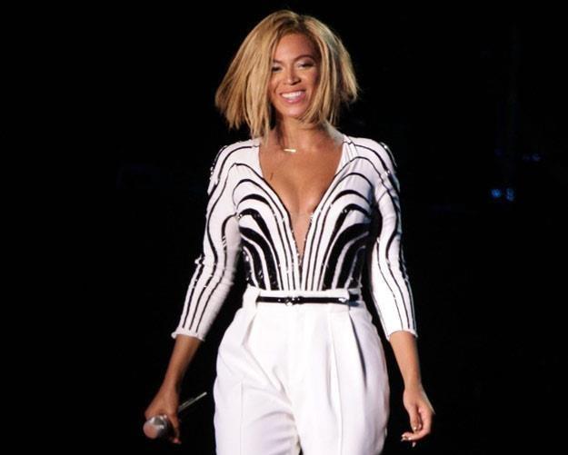 Beyonce w nowej fryzurze podczas V Festival (fot. PA Wire/Press Association Images) /East News