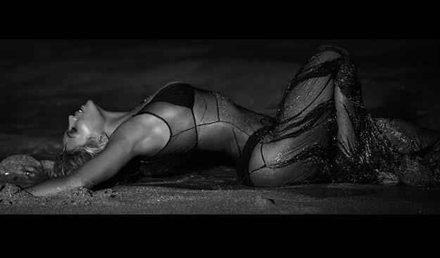 """Beyonce w teledysku """"Drunk In Love"""" /oficjalna strona wykonawcy"""