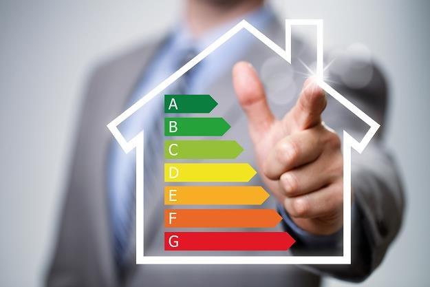 Bez certyfikatu energetycznego nie sprzedasz mieszkania /©123RF/PICSEL