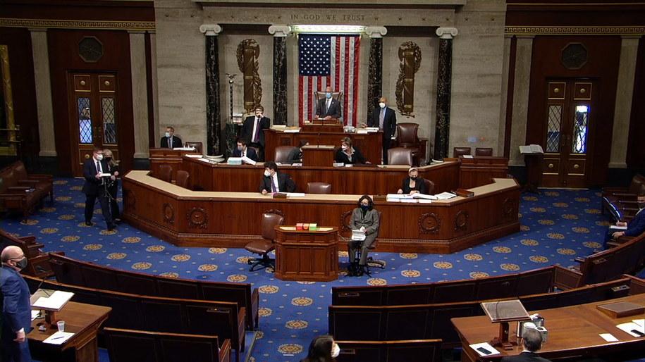 Bez większych zakłóceń przebiega w środę w Izbie Reprezentantów debata nad artykułem impeachmentu prezydenta USA Donalda Trumpa /US HOUSE OF REPRESENTATIVES HANDOUT /PAP/EPA