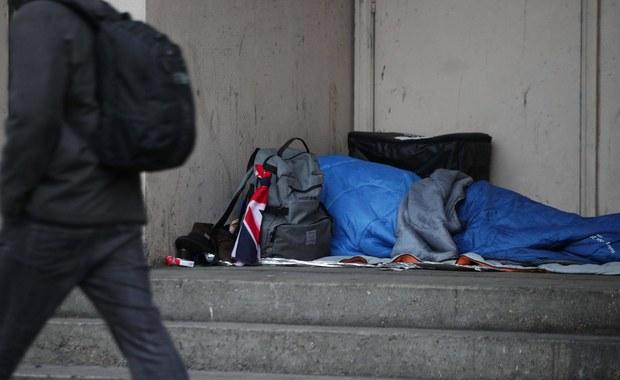 Bezdomna kobieta porzuciła w szpitalu czwarte dziecko po urodzeniu