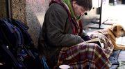 Bezdomny dostanie 100 tys. dolarów. Pomógł schwytać zbiegów
