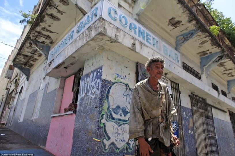 Bezdomny mężczyzna w Portoryko /AP/FOTOLINK /East News