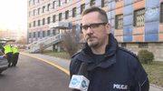 Bezdomny zmarł na schodach komendy policji