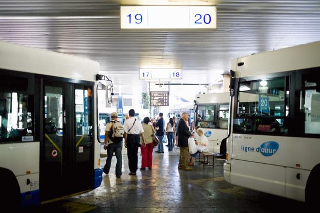 Bezemisyjne autobusy za 2,2 mld zł /© Glowimages